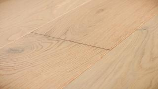 Brushed Oak Eggshell