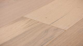 Brushed Oak Sparrow